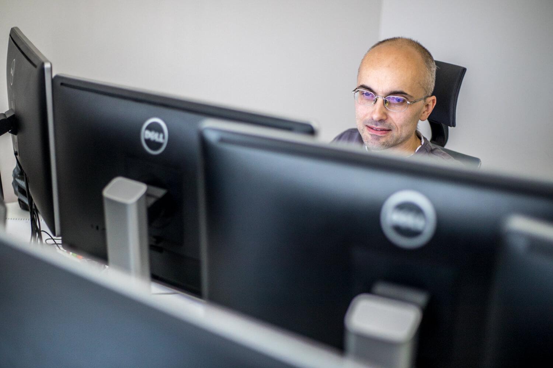 Projektowanie stron, a badania - O co trzeba zadbać?, kodowanie stron internetowych, budowa serwisów internetowych